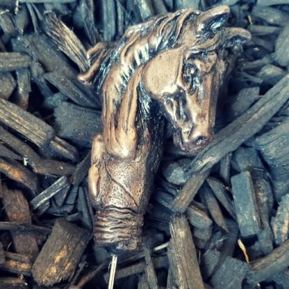 Horse cigar tool